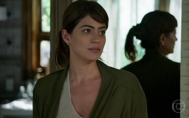 Helena (Carol Castro)