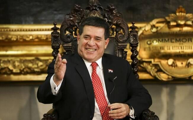Horacio Cartes é acusado de formar organização criminosa
