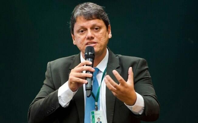 Ministro da Infraestrutura propõe a ampliação do prazo de validade da CNH e o fim da exigência de simuladores