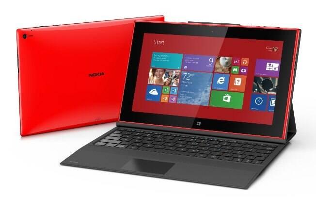 Primeiro tablet da Nokia, Lumia 2520 oferece autonomia de até 16 horas (com uso do teclado vendido separadamente)