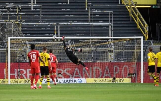 Bayern venceu o clássico com golaço de Kimmich