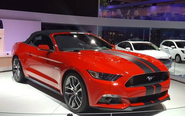 A Ford confirmou a chegada do Mustang no Brasil, para fazer frente ao Chevrolet Camaro.