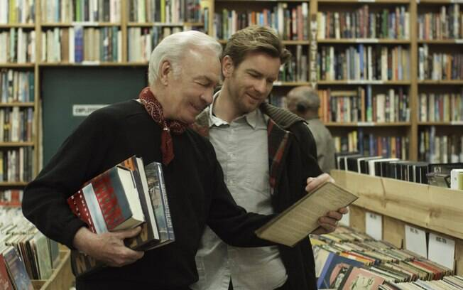Christopher Plummer é Hal, o pai de Ewan McGregor que sai do armário na terceira idade