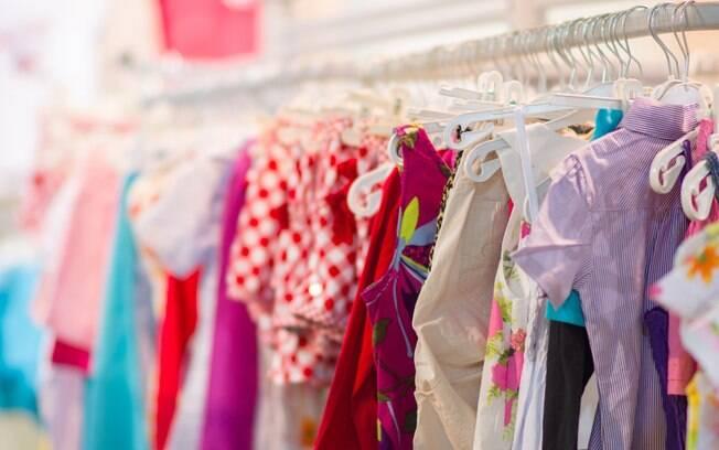 Recomenda-se comprar roupinhas e produtos que possam ser usado durante todo o primeiro ano de vida do bebê