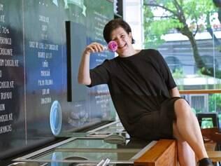 Juliana Scucato, chef à frente da Easy Ice, é a única pessoa que conhece todas as receitas da casa