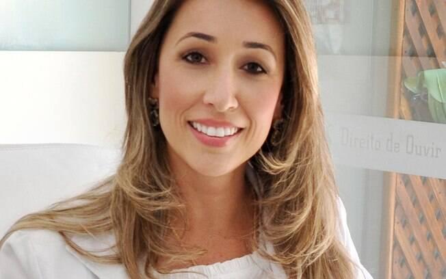 Ainda na faculdade, Andréa Varalta Abrahão, abriu um consultório e contratou uma fonoaudióloga, tornando-se estagiária da própria funcionária.