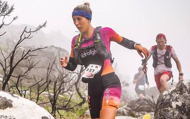 Nínive Oliveira tinha a corrida apenas como hobbie, até completar uma prova de 75 km e descobrir um sentimento novo