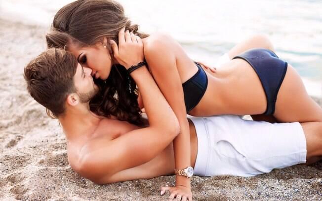 Fazer sexo ao ar livre pode ser muito prazeroso, mas é preciso ter alguns cuidados para a experiência não ser traumática