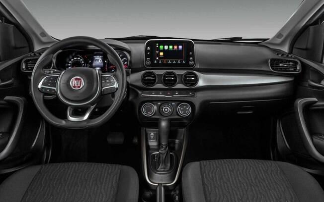 Ainda entre os dos destaques do Fiat Cronos está a central multimídia com tela sensível ao toque, no centro do painel