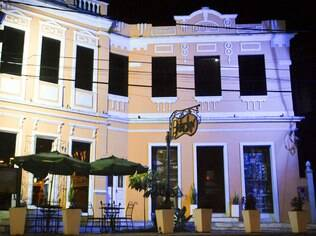 O Bataclan tornou-se um complexo com restaurantes, bares, um terraço e uma adega