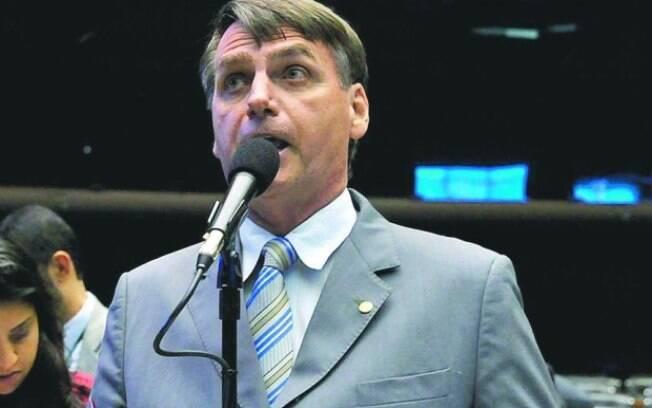 Jair Bolsonaro defende comentou ao iG o beijo gay na novela