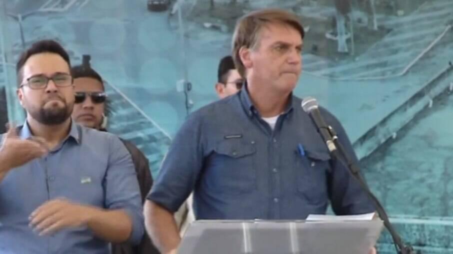 O discurso do presidente foi feito em um momento em que governadores e prefeitos adotam medidas mais rígidas para conter o avanço da Covid-19