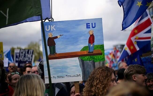 Expectativa é de que o chamado 'Brexit' aconteça já nesta sexta-feira (31)