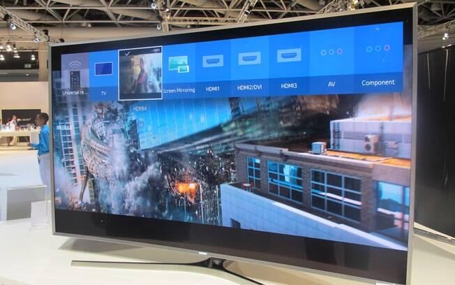 Como outras TVs inteligentes, os aparelhos com Tizen contam com diferentes tipos de acesso: a web, os apps, os canais abertos e pagos e os dispositivos que se conectam ao HDMI e ao USB, por exemplo. Foto: Emily Canto Nunes/iG São Paulo