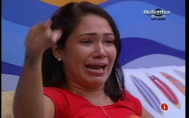 Jakeline chora em conversa com Jonas