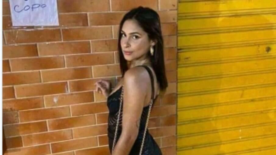 Ana Carolina Gonçalves de Oliveira, de 20 anos, morreu após ser atingida por uma explosão em um baile funk na Rocinha