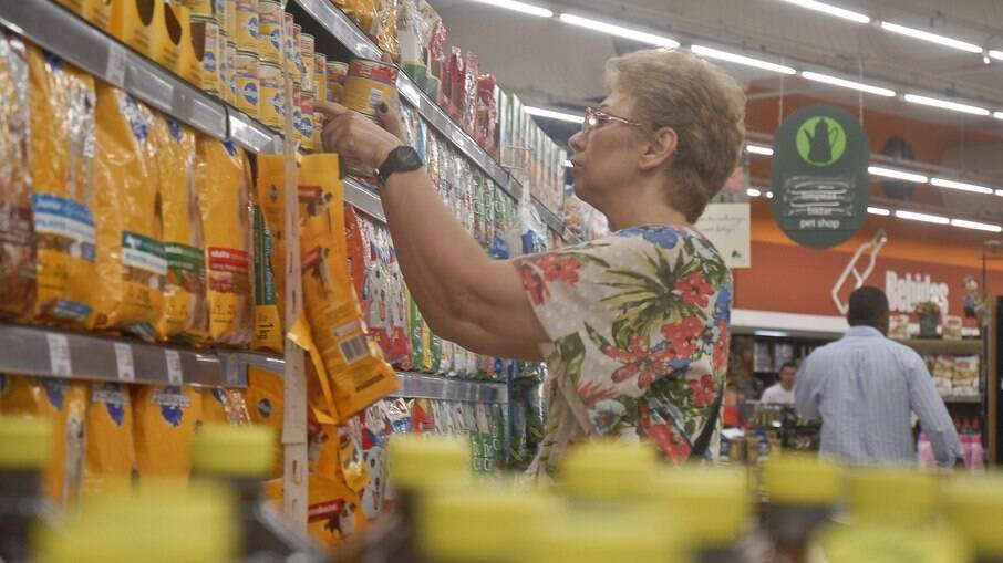 Florianópolis é a cidade com o custo mais caro de cesta básica; Salvador é a mais barata