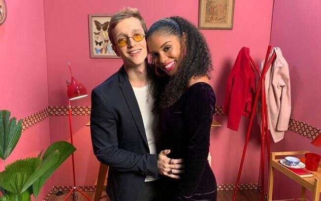 Heslaine Vieira grava participação em novo clipe do cantor Tibí