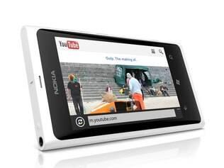 Nokia anuncia chegada do Lumia 800 branco ao Brasil