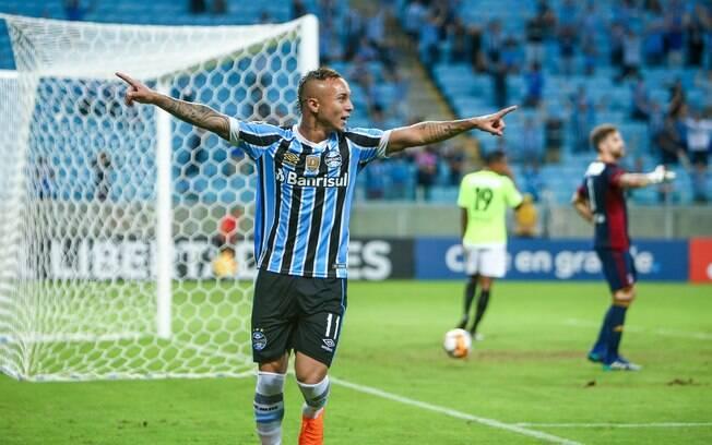 Everton Cebolinha, do Grêmio