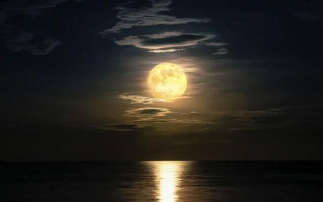 Lua Cheia em Aquário: agir para o coletivo