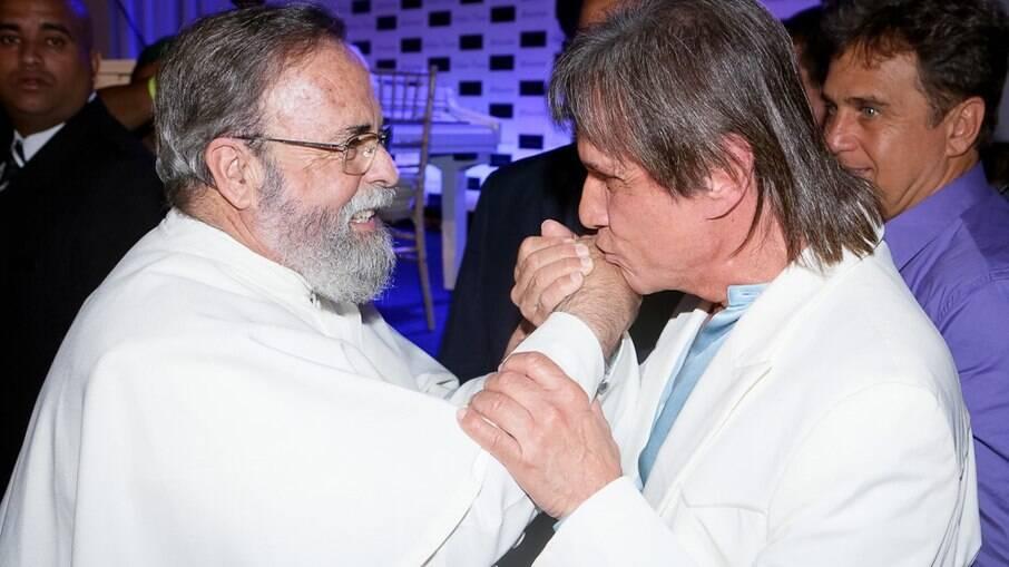 Padre Antonio Maria e Roberto Carlos