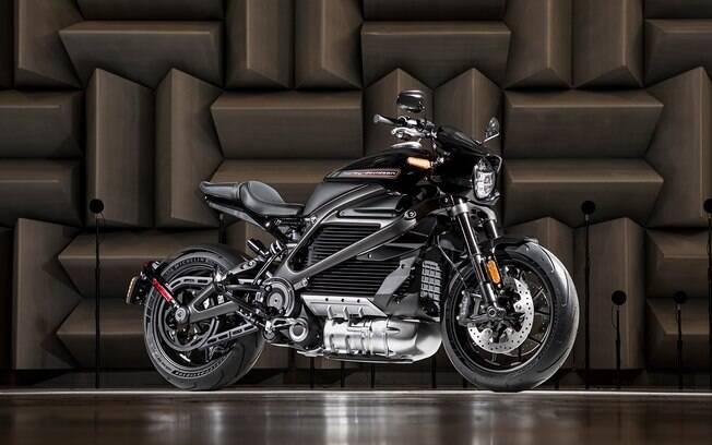 Por fim, a LiveWire, que entrelaça ares clássicos com o estilo moderno das novas Harley-Davidson