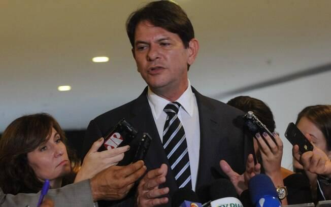 Cid Gomes, ministro da Educação, deve se reunir com a presidente para ajustar detalhes do programa