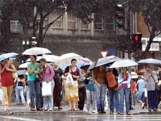 Defesa Civil alerta para pancadas de chuva em Belo Horizonte