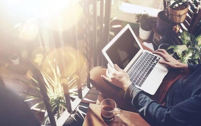 """Utilizar da internet como meio para ganhar dinheiro é, como dizemos, """"unir o útil ao agradável"""""""