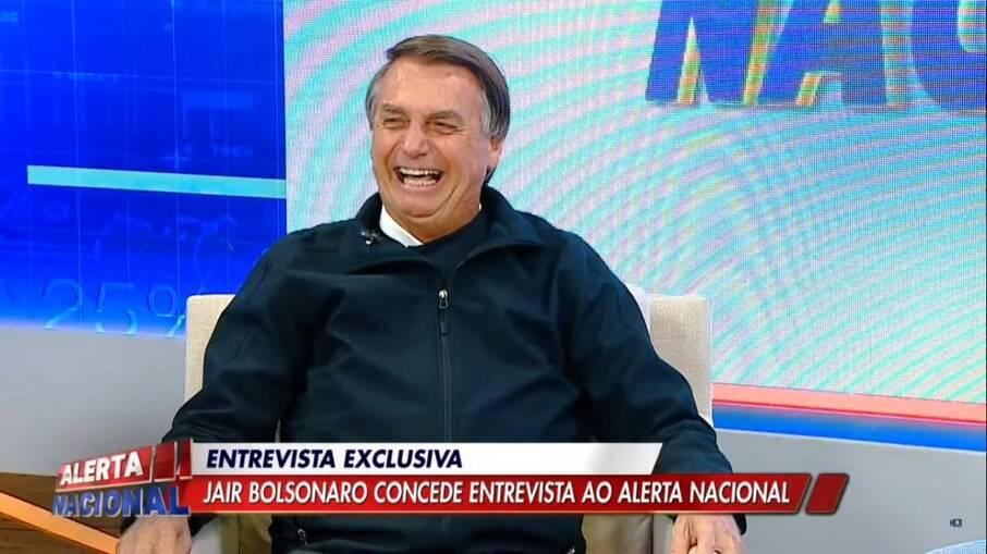 Jair Bolsonaro concede entrevista a Sikêra Jr