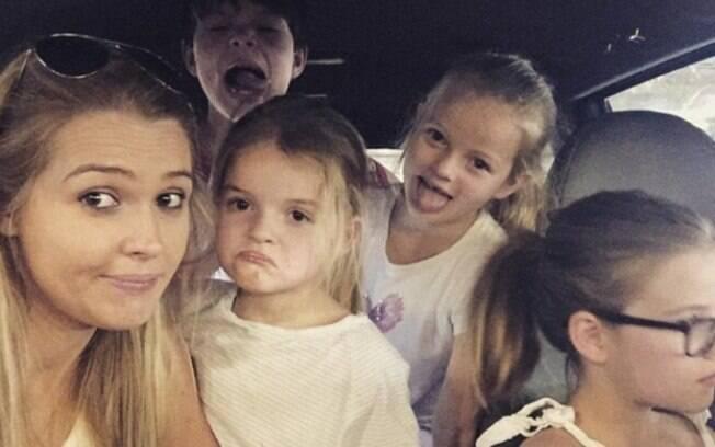 Rosie e os quatro filhos