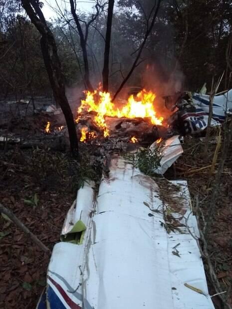 avião acidente