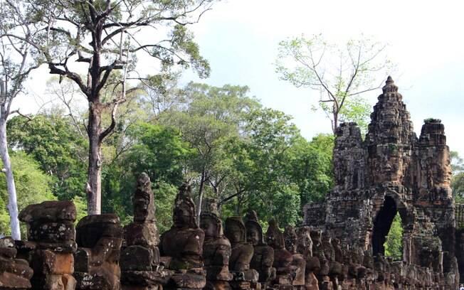 O Angkor Wat, que fica no Camboja, promove