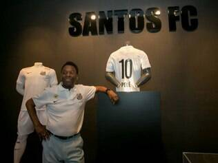 Além de comentar novo comandante santista, o ex-jogador brincou com a presença do filho dele, Edinho, na comissão técnica do Peixe