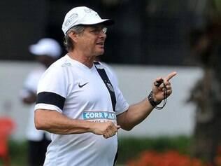 Treinador não aceita os elogios de que o Santos é o melhor time do Brasil na atualidade