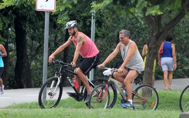 Rodrigo Hilbert se exercita
