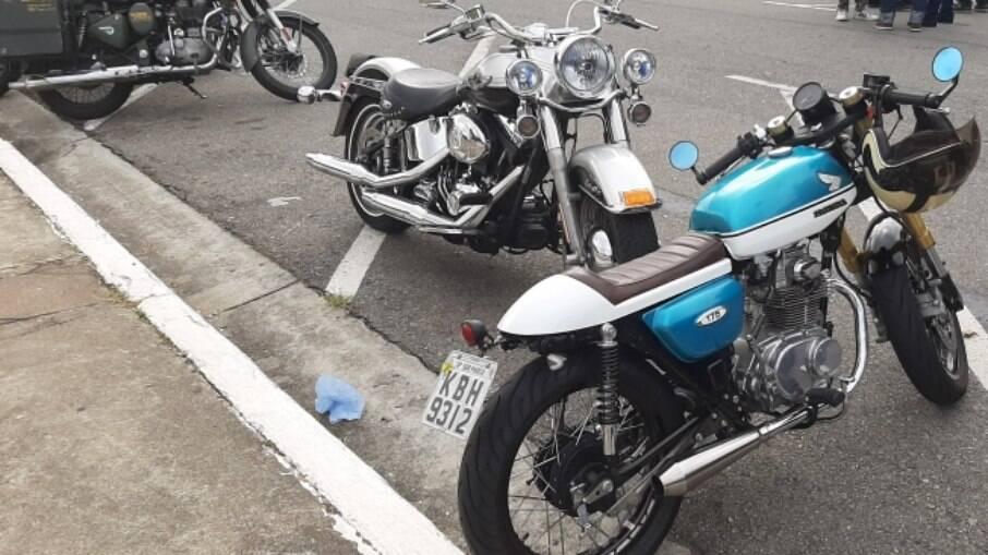 Uma rara Honda CB 175 transformada em café racer