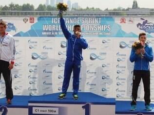 Isaquías conquistou lugar mais alto do pódio do C1 500 metros no Mundial