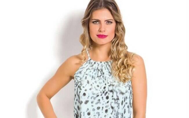 Vestido Floral e Azul com Amarração nas Costas a partir de R$ 39,99