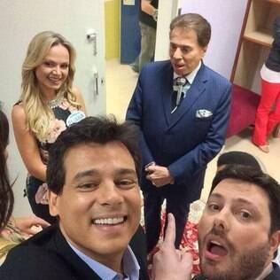 Selfie com elenco do SBT e o patrão