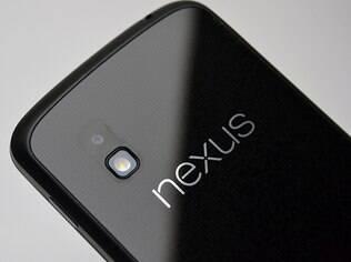 Câmera do Nexus passou a tirar fotos de 5 para 8 megapixels na quarta geração, fabricada pela LG
