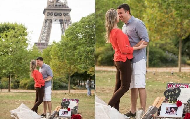 Pedido do Igor para a Hannah durante um piquenique personalizado em Paris