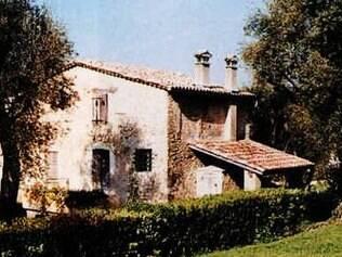 Fachada da casa onde Renoir viveu seus últimos anos de vida