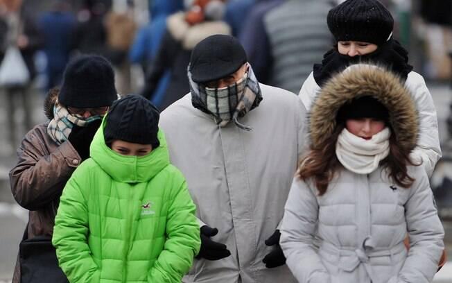 Frio na Argentina já matou duas pessoas. O River Plate abrirá as portas de seu estádio para acolher moradores de rua