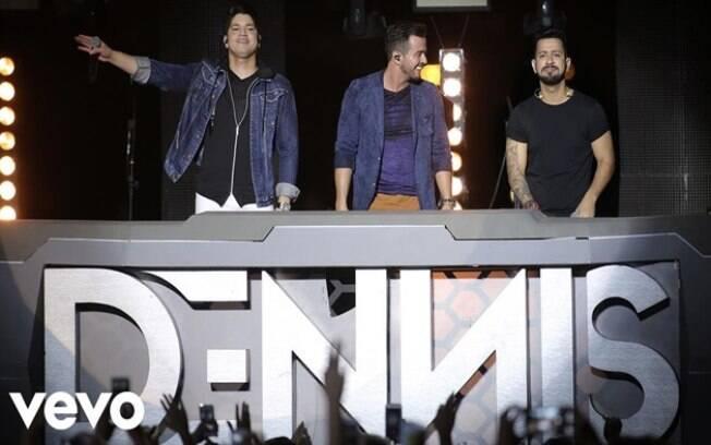 Malbec  - Henrique & Diego ft. Dennis Dj