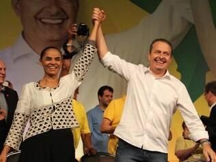 Após firmar aliança com Marina Silva, Eduardo Campos torna-se candidato do PSB à Presidência
