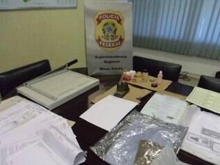 Documentos falsificados pela quadrilha, especializada em facilitar o acesso ilegal a outros países