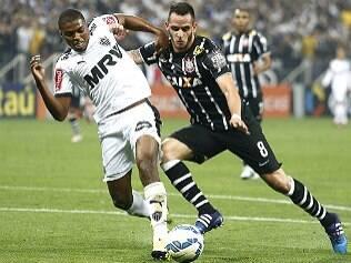 Corinthians domina a seleção de 2015