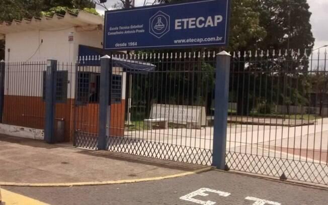 Etecap, de Campinas, suspende aulas presenciais após contaminação de covid